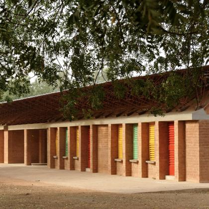 Diébédo Francis Kéré y la escuela que lo dio a conocer al mundo